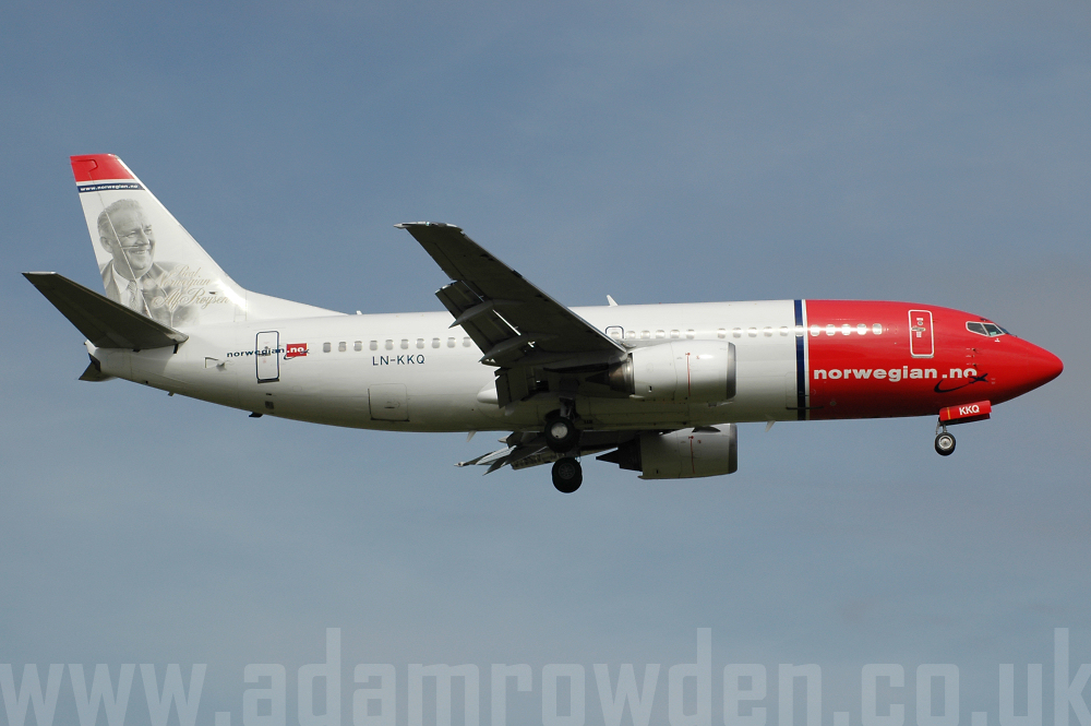 Photo of Norwegian Air Shuttle Boeing 737-36Q LN-KKQ (cn 28658/2865) at London Stansted Airport (STN) on 15th August 2005