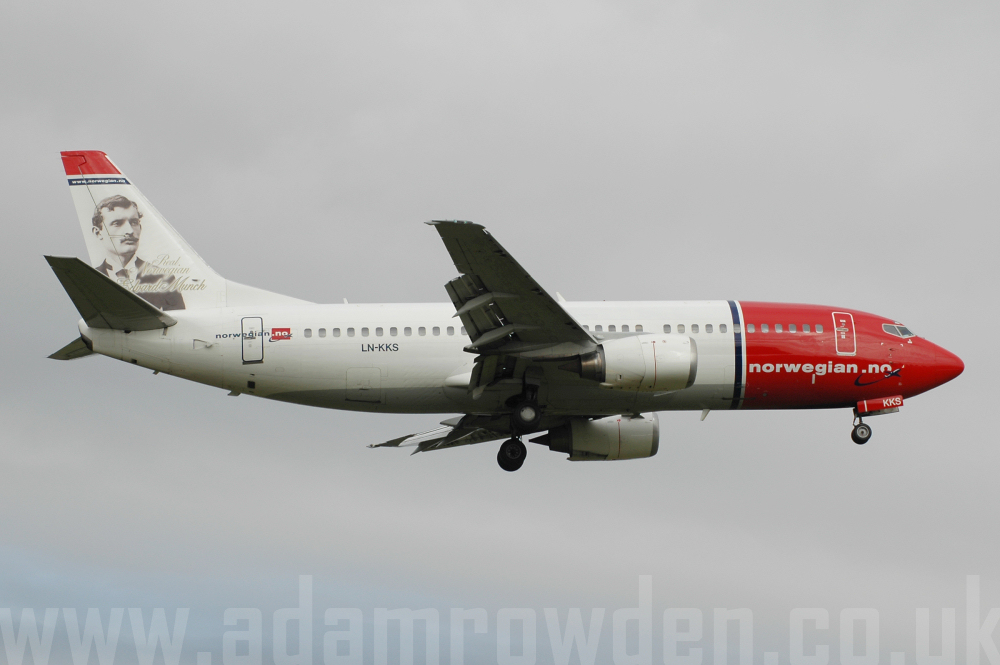 Photo of Norwegian Air Shuttle Boeing 737-33A LN-KKS (cn 24094/1729) at London Stansted Airport (STN) on 15th August 2005