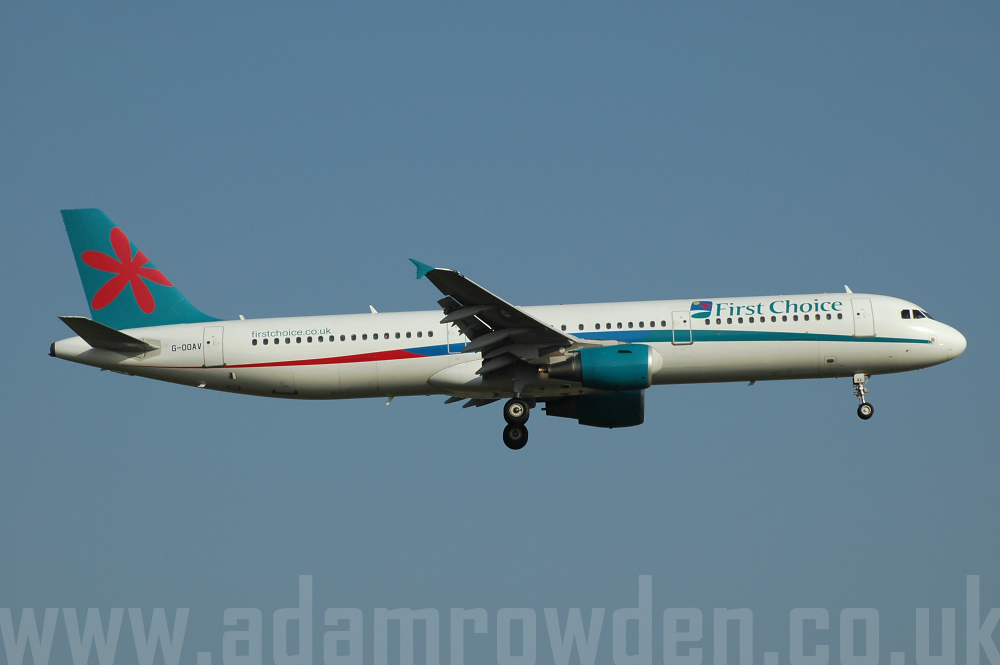 Photo of First Choice Airways Airbus A321-211 G-OOAV (cn 1720) at London Stansted Airport (STN) on 17th August 2005