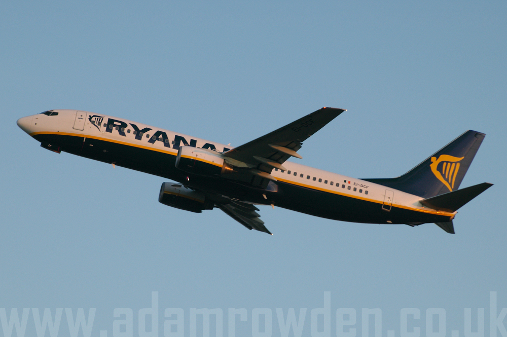 Photo of Ryanair Boeing 737-8AS EI-DCF (cn 33804/1529) at London Stansted Airport (STN) on 12th September 2005