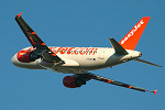 Photo of easyJet Airbus A319-111 G-EZEV (cn 2289) at London Stansted Airport (STN) on 12th September 2005