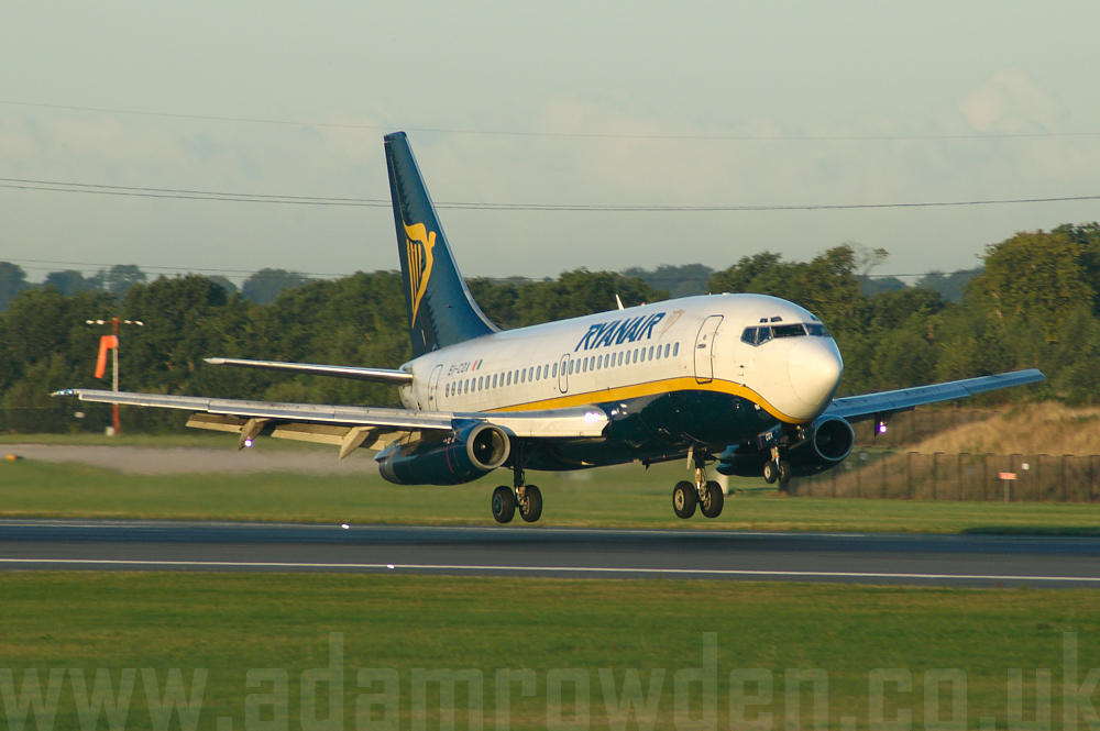 Photo of Ryanair Boeing 737-230A EI-COX (cn 22123/726) at Manchester Ringway Airport (MAN) on 16th September 2005