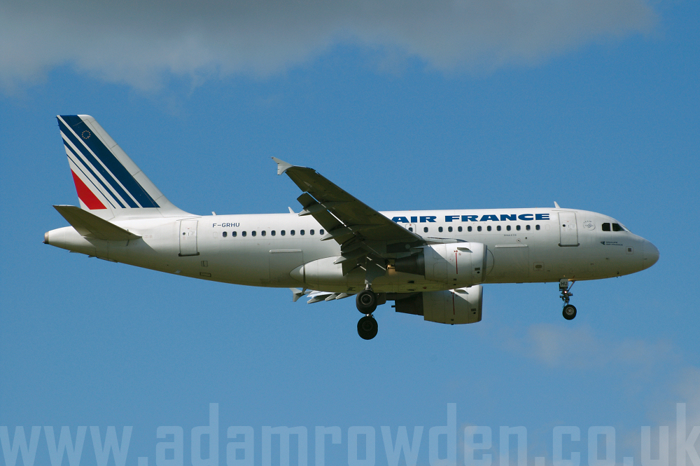 Photo of Air France Airbus A319-111 F-GRHU (cn 1471) at Manchester Ringway Airport (MAN) on 16th September 2005
