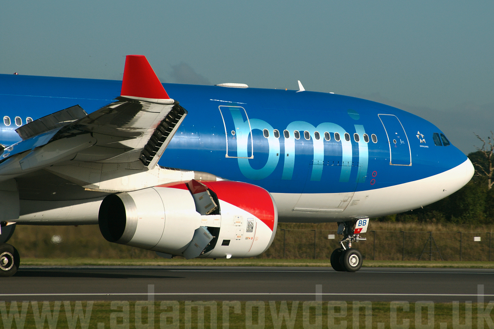 Photo of bmi Airbus A330-243 G-WWBB (cn 404) at Manchester Ringway Airport (MAN) on 16th September 2005