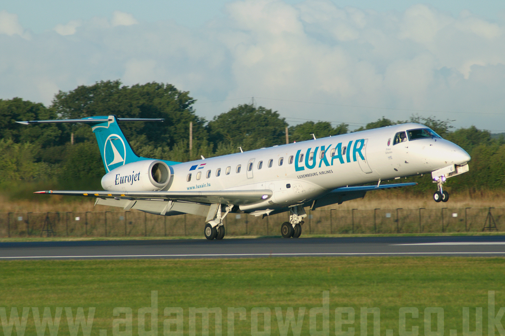 Photo of Luxair Embraer ERJ-145EP LX-LGU (cn 14500084) at Manchester Ringway Airport (MAN) on 16th September 2005