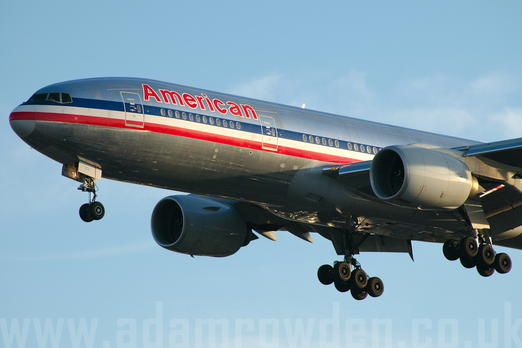 Photo of American Airlines Boeing 777-223ER N766AN (cn 32880/445) at London Heathrow Airport (LHR) on 9th February 2006