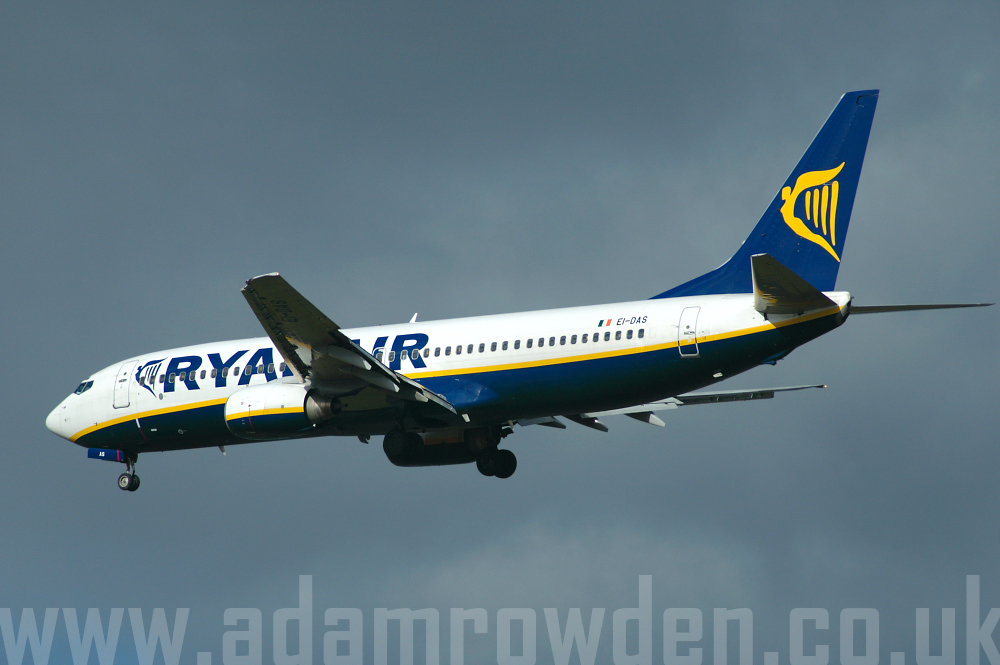 Photo of Ryanair Boeing 737-8AS EI-DAS (cn 33553/1372) at London Stansted Airport (STN) on 28th March 2006