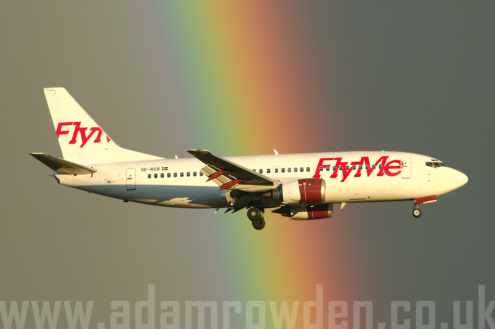 Photo of FlyMe Boeing 737-33A SE-RCR (cn 24026/1595) at London Stansted Airport (STN) on 2nd April 2006