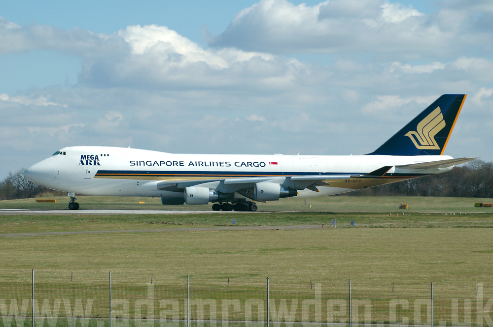 Photo of Singapore Airlines Cargo Boeing 747-412F 9V-SFP (cn 32902/1364) at London Stansted Airport (STN) on 5th April 2006