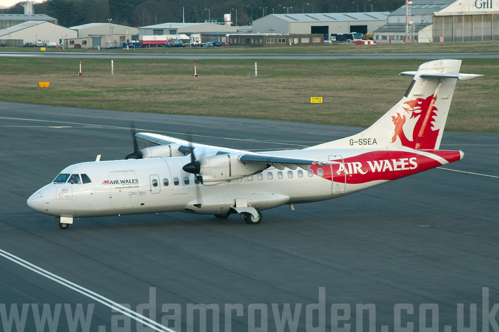 Photo of Air Wales Aérospatiale ATR-42-300 G-SSEA (cn 196) at Newcastle Woolsington Airport (NCL) on 19th April 2006
