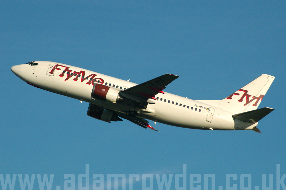 Photo of FlyMe Boeing 737-33A SE-RCO (cn 23635/1436) at London Stansted Airport (STN) on 28th April 2006