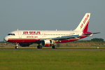 Photo of Air Berlin Airbus A320-214 D-ABDA (cn 2539) at London Stansted Airport (STN) on 2nd July 2006