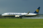 Photo of Ryanair Boeing 737-8AS(W) EI-DLK (cn 33592/1904) at London Luton Airport (LTN) on 29th August 2006