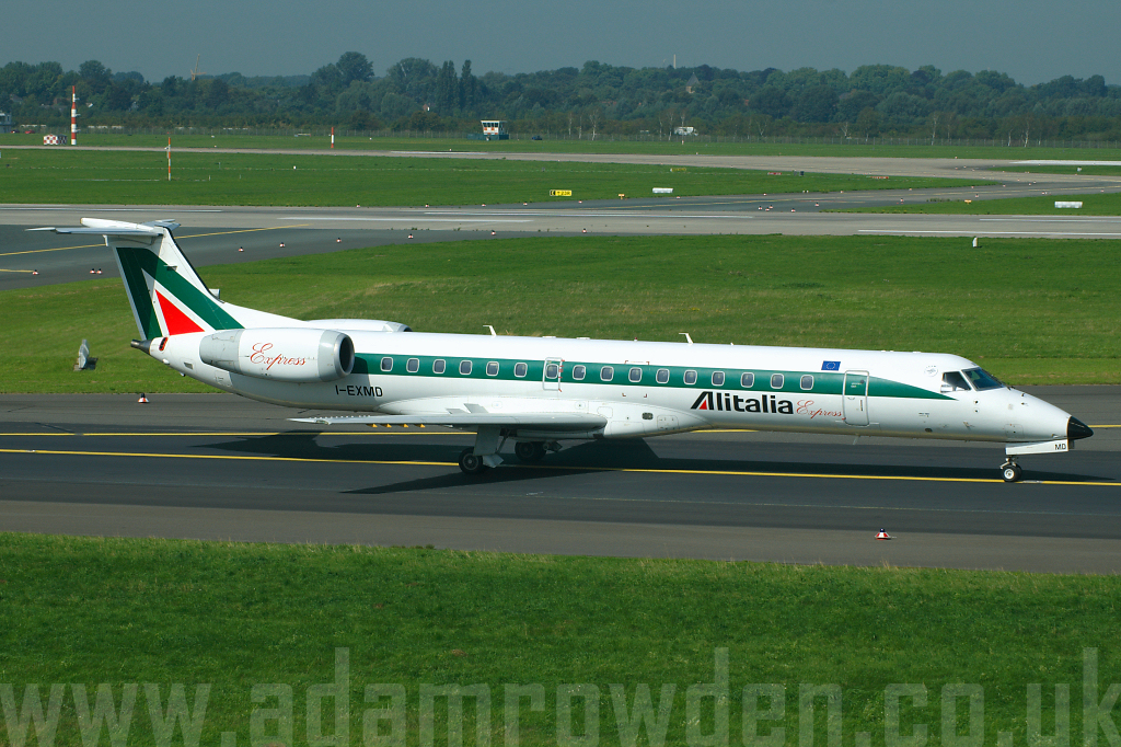 Photo of Alitalia Express Embraer ERJ-145LR I-EXMD (cn 14500445) at Dusseldorf International Airport (DUS) on 6th September 2006