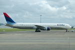 Photo of Delta Air Lines Boeing 767-432ER N828MH (cn 29699/791) at Shannon Limerick Airport (SNN) on 19th September 2006