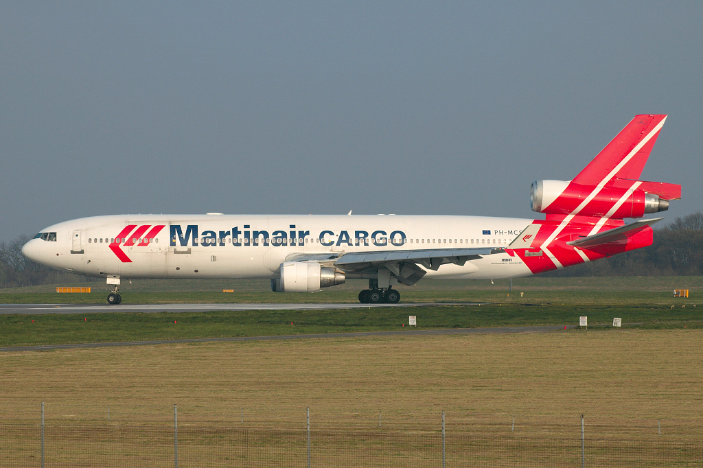 Photo of Martinair Holland McDonnell Douglas MD-11CF PH-MCS (cn 48618/584) at London Stansted Airport (STN) on 2nd April 2007