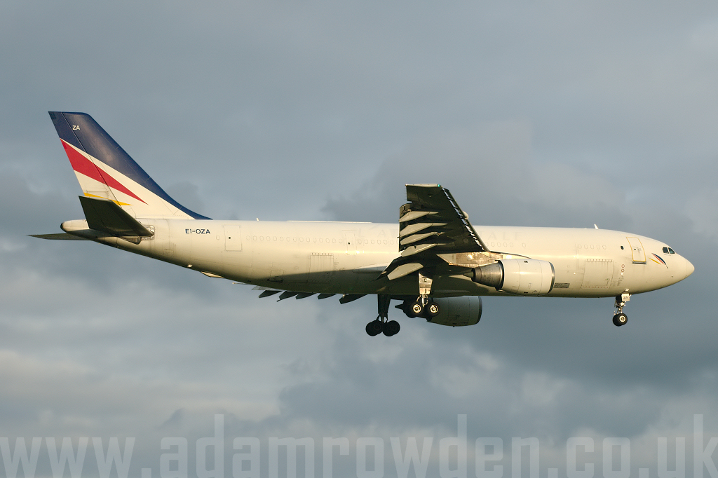 Photo of Air Contractors Airbus A300B4-103F EI-OZA (cn 148) at London Stansted Airport (STN) on 28th June 2007