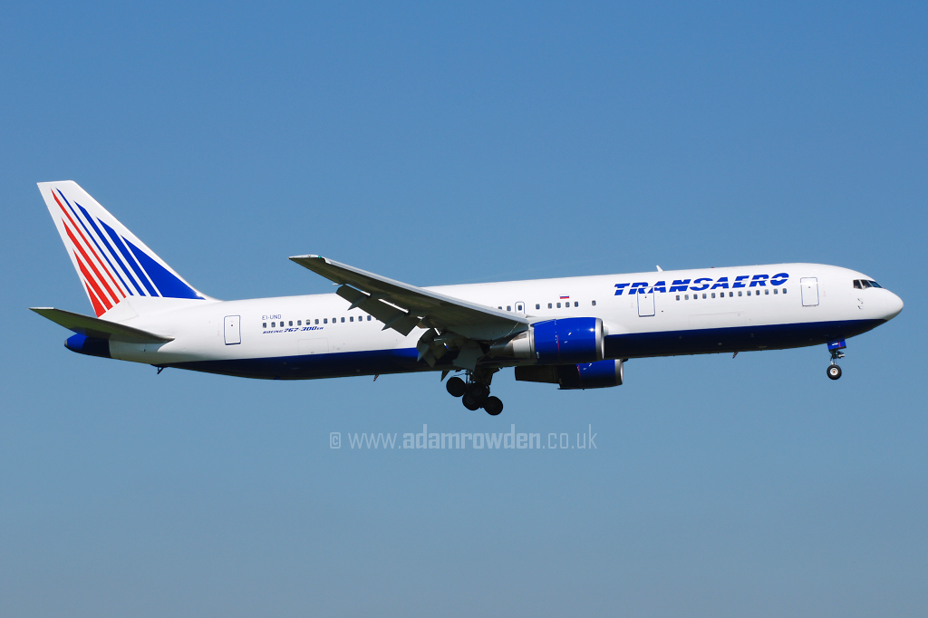 Photo of Transaero Airlines Boeing 767-3P6ER EI-UND (cn 26236/436) at Manchester Ringway Airport (MAN) on 14th May 2008