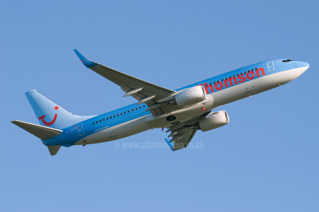 Photo of Thomson Airways Boeing 737-8K5(W) G-FDZR (cn 35145/2849) at Newcastle Woolsington Airport (NCL) on 23rd May 2009